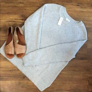NWT!!! Women's Old Navy Sweater Gray Size Large